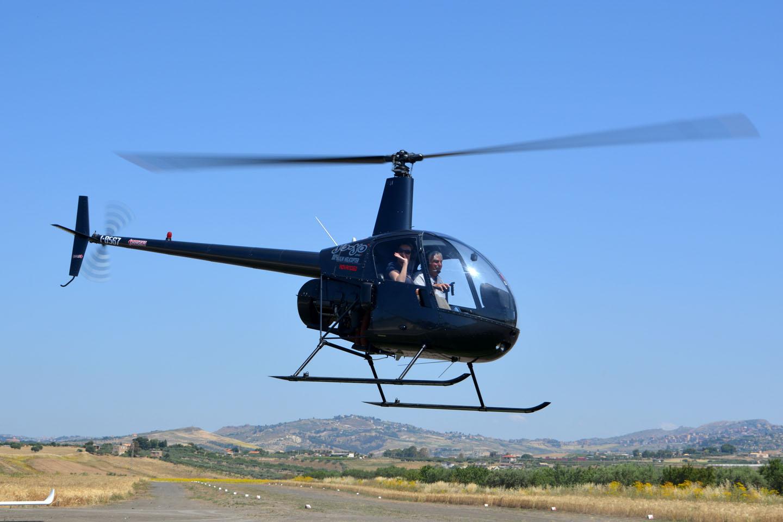 Elicottero Ultraleggero : Avio club agrigento valle dei templi passaggio